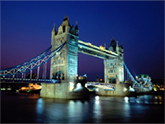 A private night time tour of London, warm and safe inside your own private vehicle. Great for celebrating something special
